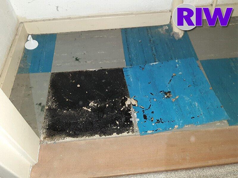 Asbest toepassingen - Hechtgebonden - Teerlaag en colovinyltegels